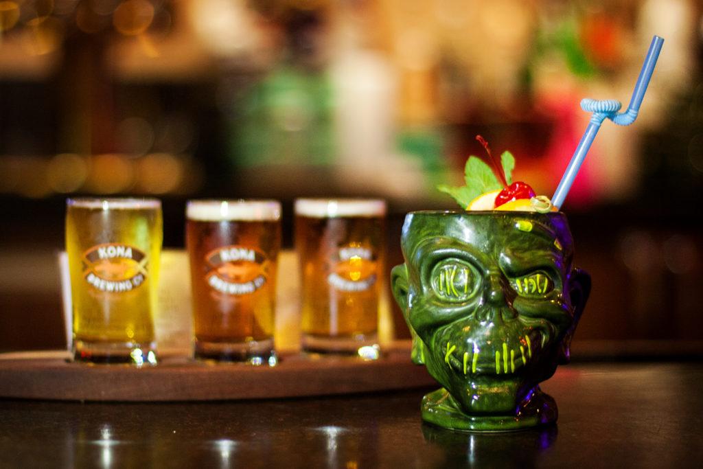Disney for Orlando Locals: Trader Sam's Grog Grotto tiki bar