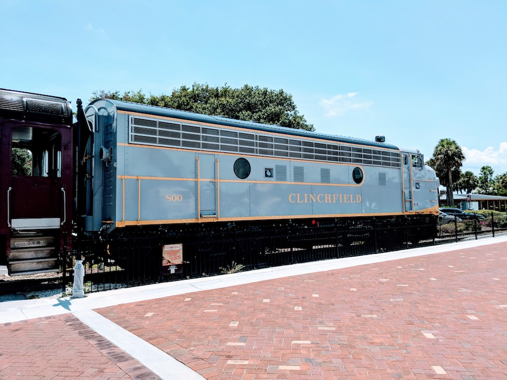Royal Palm Railway Experience train